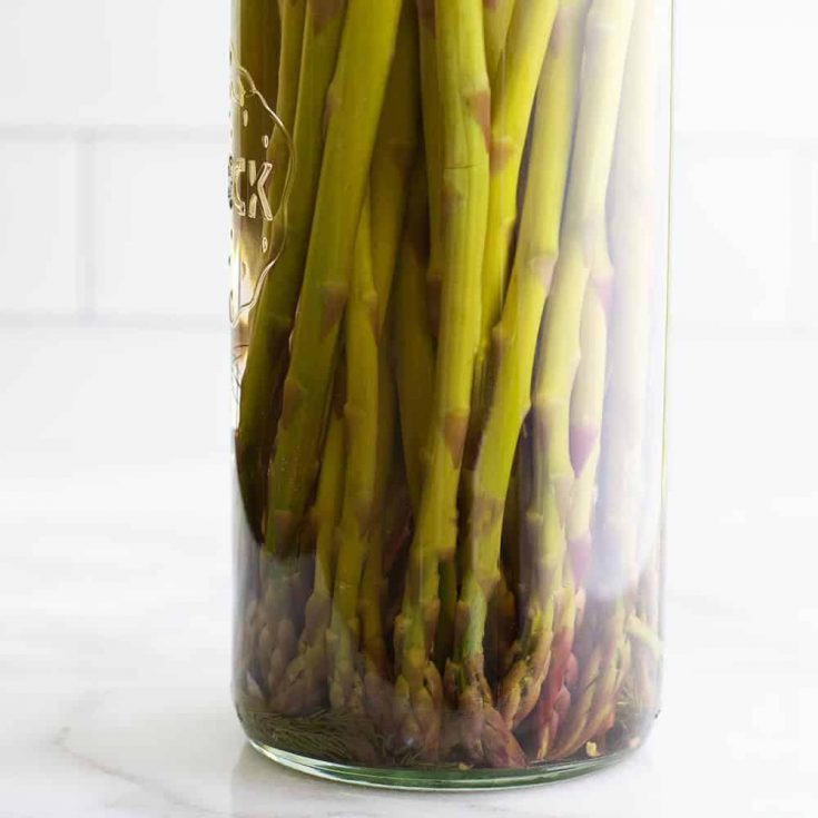 Easy Pickled Asparagus