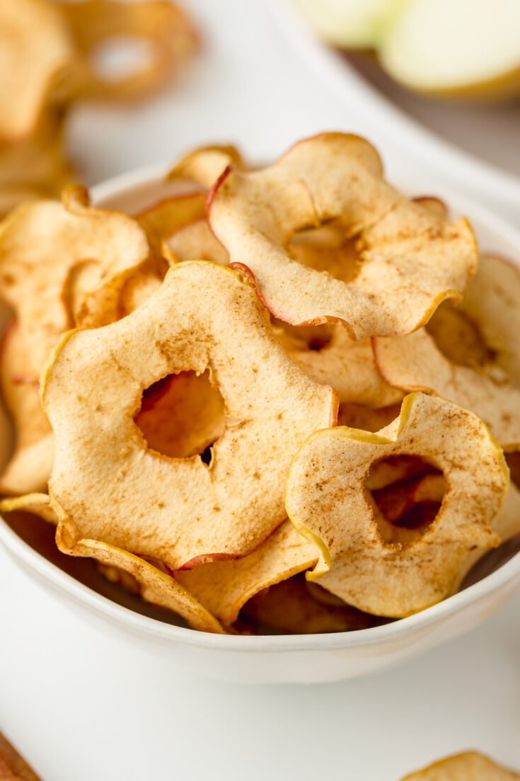 How to Make Apple Chips - Texanerin Baking
